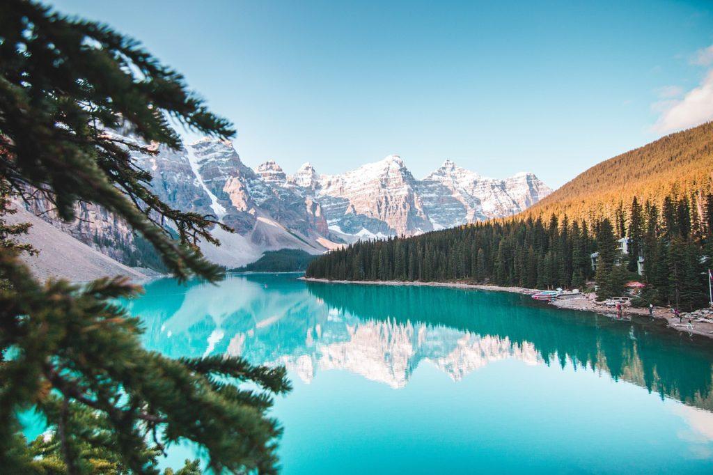 バンフの湖の写真